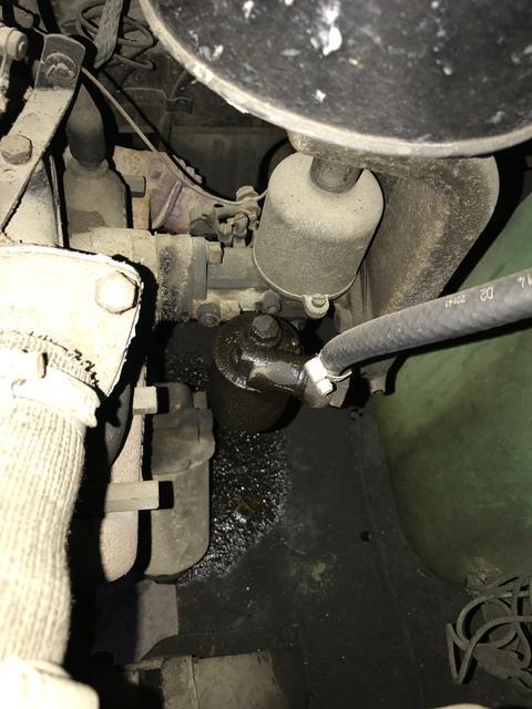 Fuel leak/overflow from Float tank at Carburetor : Morris