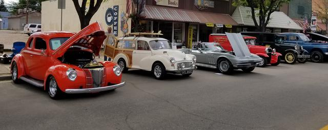 Finished headliner and Car Show : Morris Minor Forum