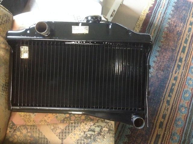 Morrie radiator & grill rest. (1).JPG