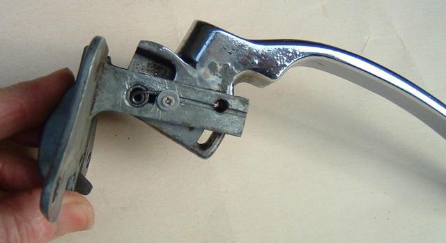 RH front door handle bottom view.JPG